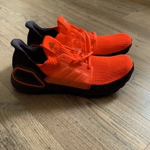 Adidas Ultraboost 19 M Solar Red/Black size 13